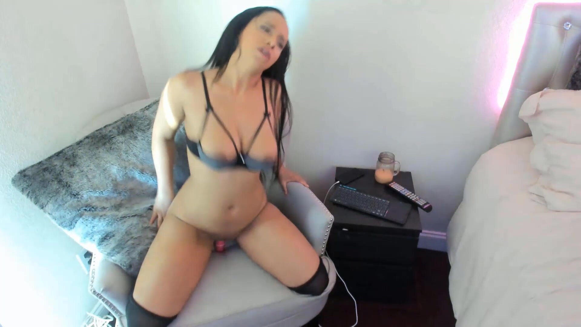Stunning MeganMaxine with sexy tight body and great ass