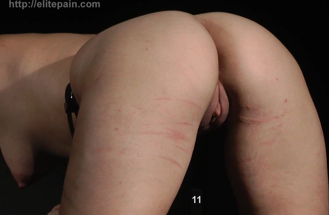 Painful Games With Hot Girl